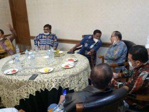 Akbar Tanjung Bersama Mantan Ketum KNPI (Foto: DPP KNPI)