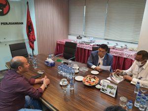 Bupati Taput Audiensi dan Ajukan Proposal Pembangunan ke Ketua Fraksi PDI Perjuangan DPR RI (dok: hotbin purba/satukanindonesia.com)
